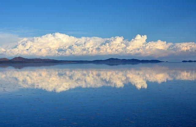 念願の旅行計画!ウユニ塩湖ツアーが楽しそう